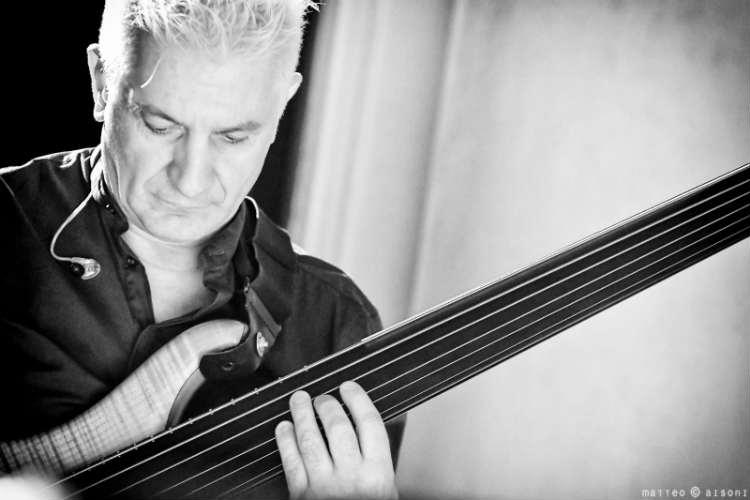 Bassista Sardo Manuel Muzzu